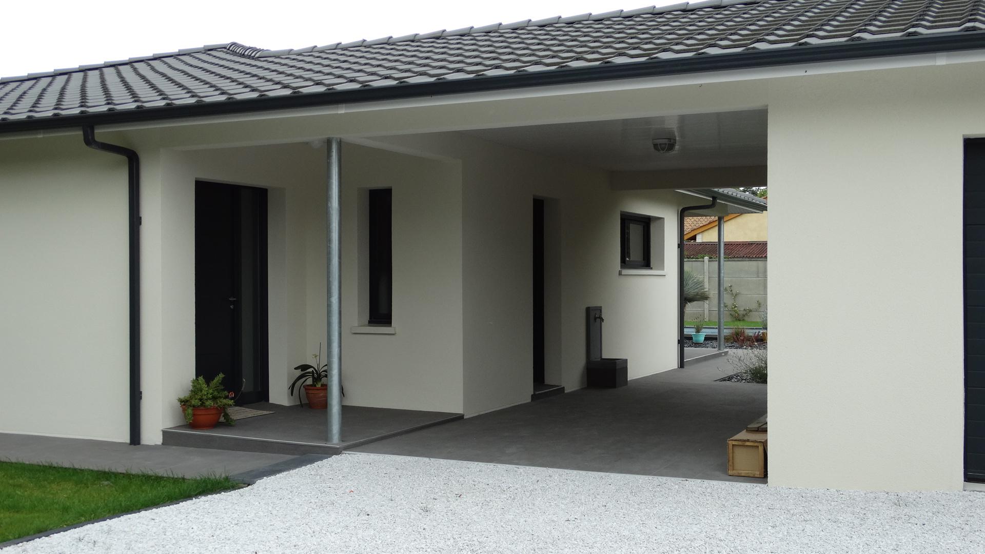 Auvent maison auvent de fentre with auvent maison for Auvent maison moderne
